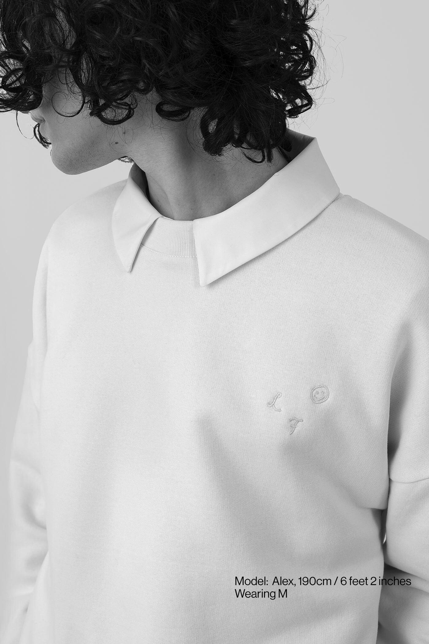 Model-SW-off-white