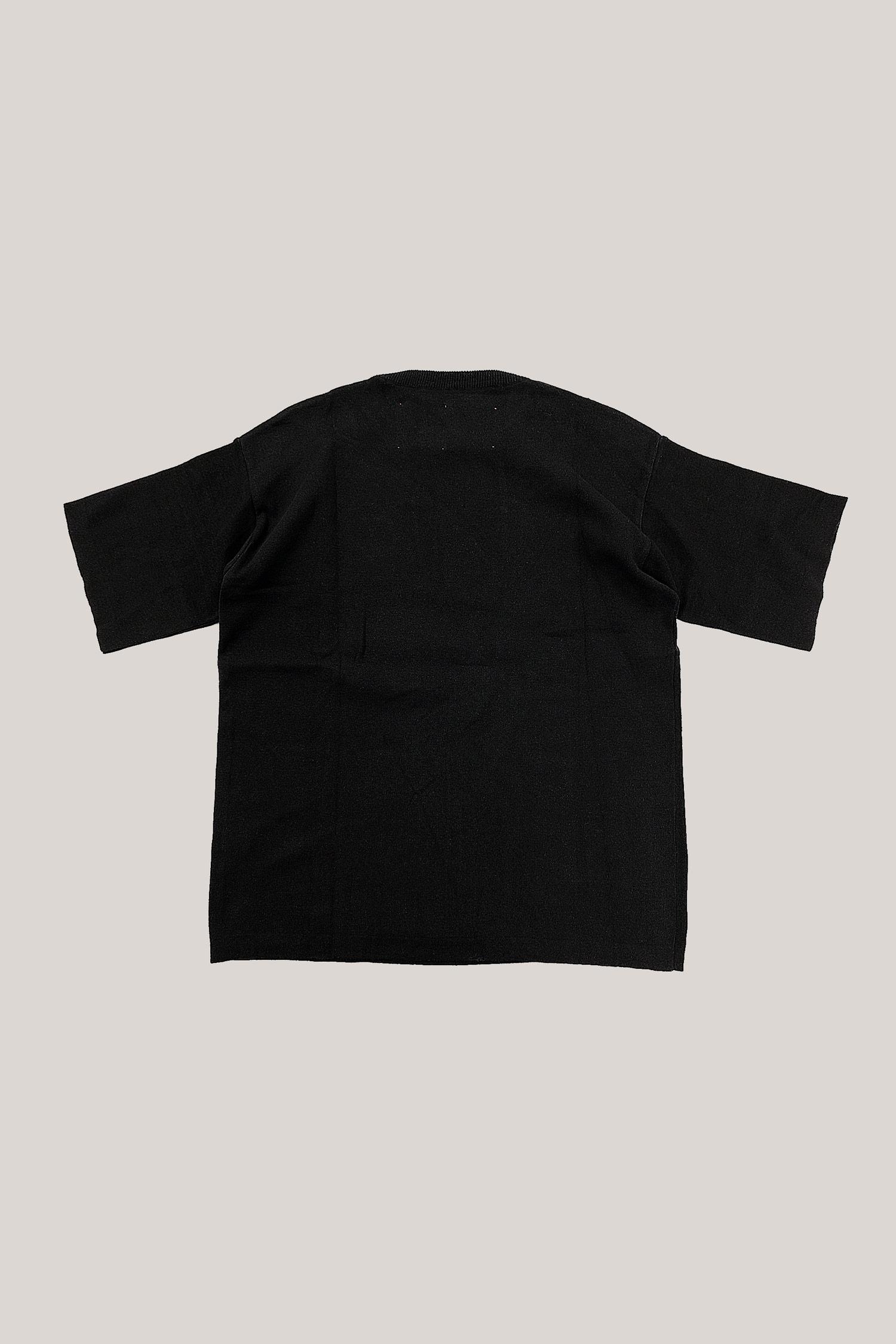 35-Knitted-tshirt-black-2